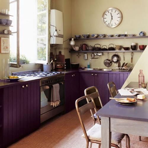 Cocinas en L con estilo estilo rústico a base de lamas de madera.