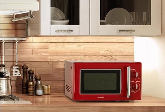 Reparar pequeños electrodomésticos de cocina como este microondas retro puede merecer mucho la pena.