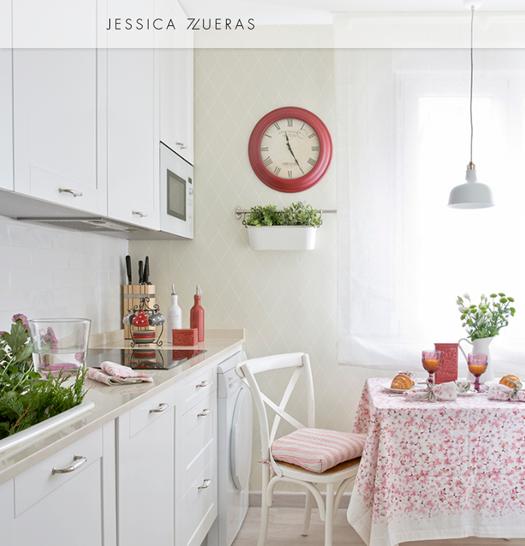Decorar una cocina de estilo vintage con gusto exige a veces contratar un interiorista.